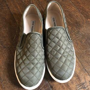 Steve Madden Slip-on Sneaker